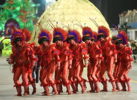 DNT 07-02-2016 SAO PAULO - SP / CIDADES METROPOLE OE / CARNAVAL SP 2016 / X-9 PAULISTANA - Escola de Samba X-9 Paulistana na segunda noite de desfiles do Grupo Especial no sambodromo do Anhembi em Sao Paulo - FOTO DANIEL TEIXEIRA/ESTADAO